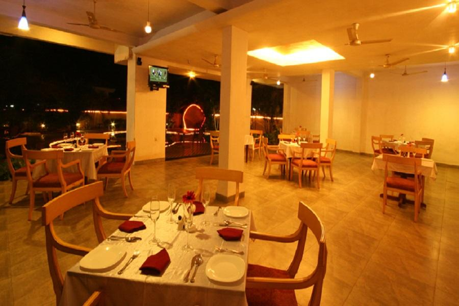 Lambana Resort Goa Restaurant