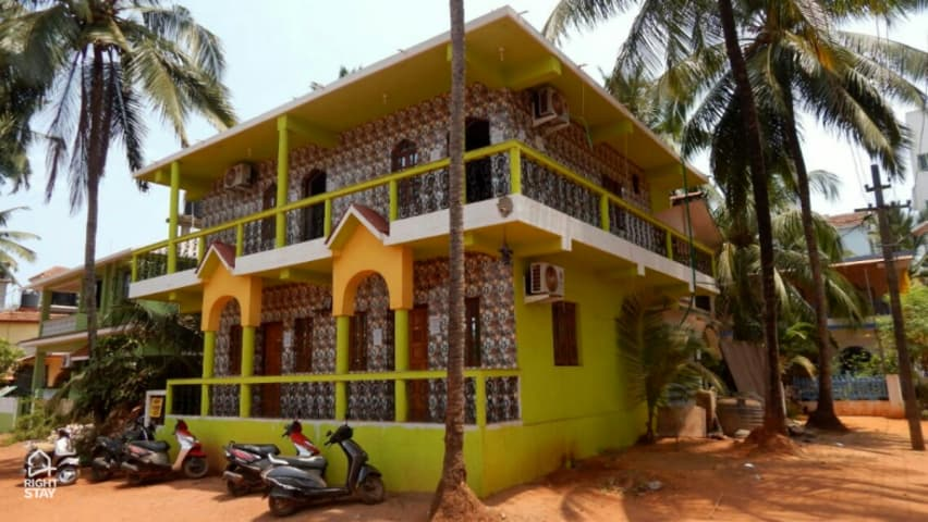 Richard guest house goa rooms rates photos reviews deals contact no and map for Guest house in goa with swimming pool